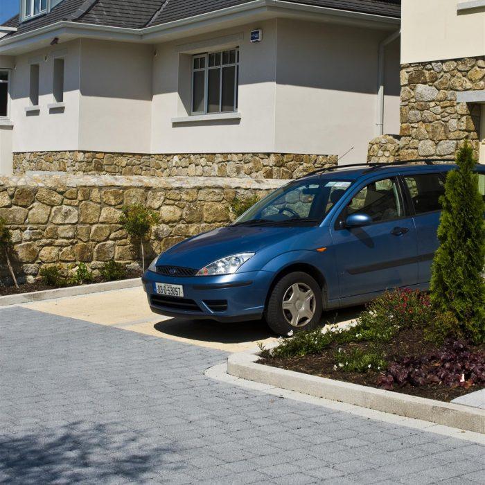 tobermore hydropave sienna duo graphite sandstone sienna silver country kerb & edge granite aggregate