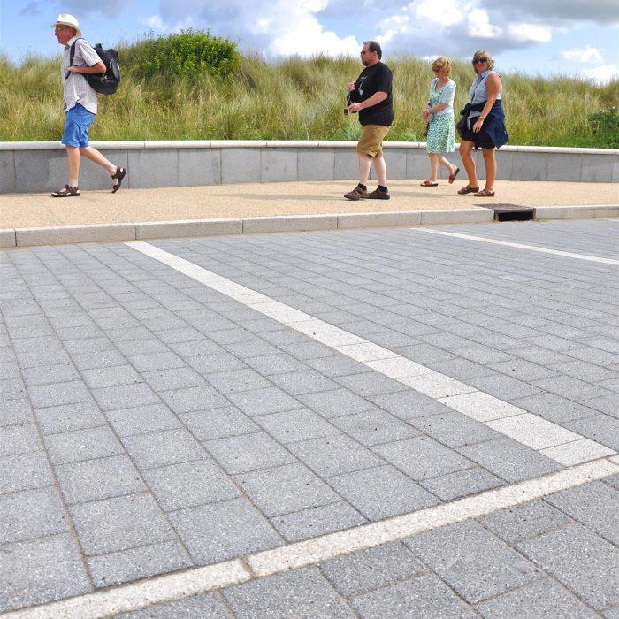 na graphite silver castlerock seafront