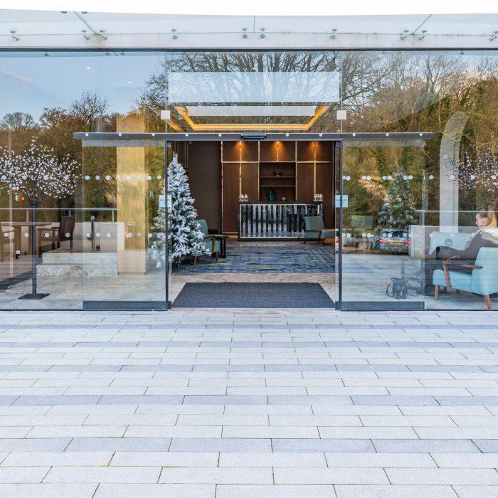 tobermore fusion mid grey silver graphite crowne plaza hotel buckinghamshire