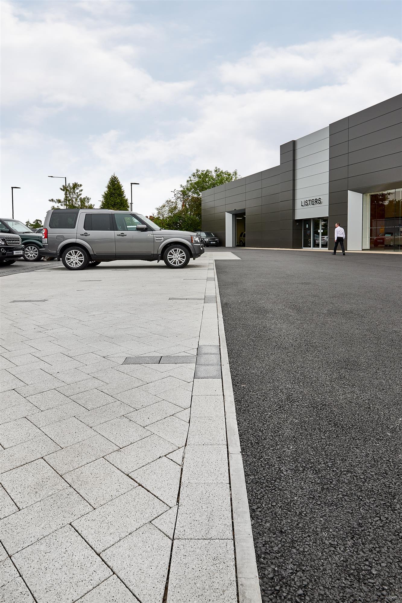 land cardiff dealerships view landrover jaguar dealers standard rover
